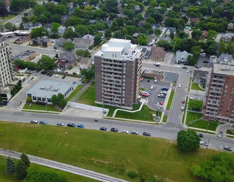 10 DERBY Unit# 107, Sarnia Ontario, Canada