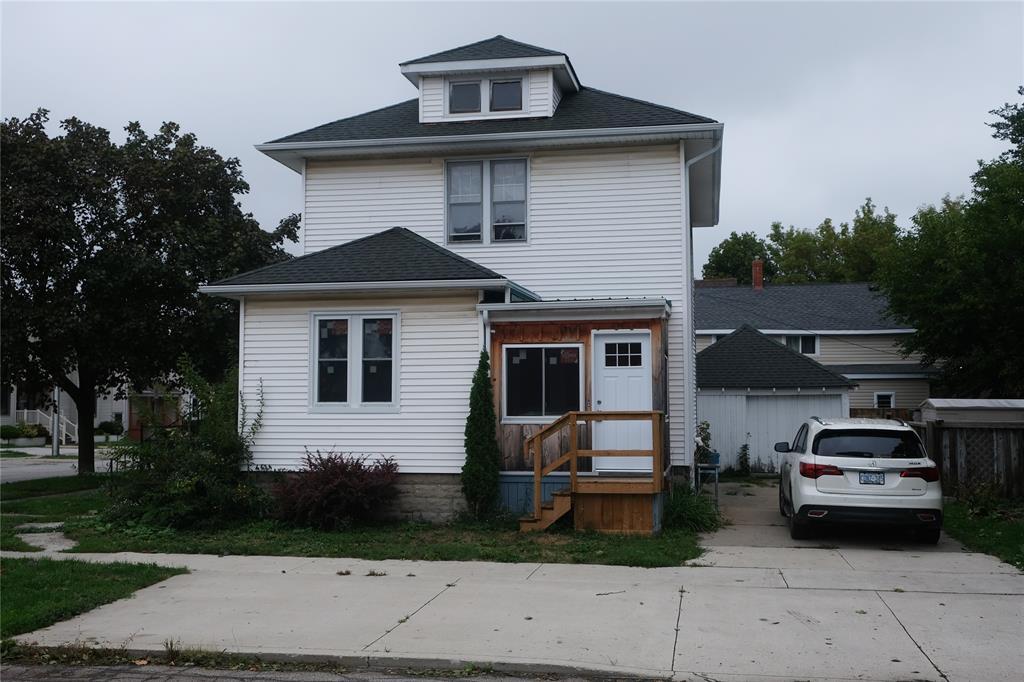 320 Davis Street, Sarnia Ontario, Canada