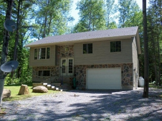 135 Julian Lake Rd, North Kawartha Ontario, Canada