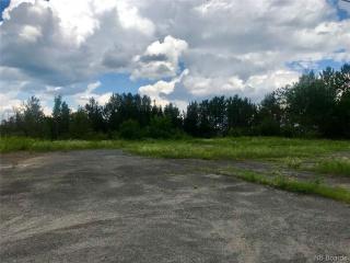 3131 Woodstock Road, Fredericton New Brunswick, Canada