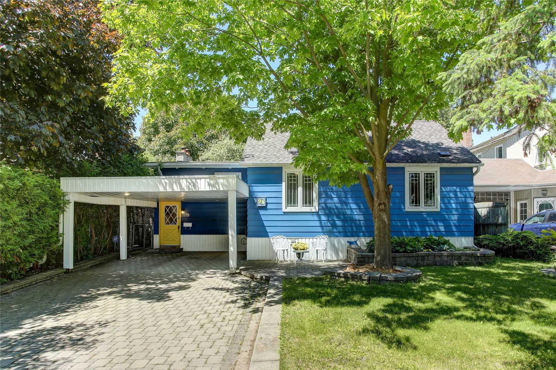 98 Lucas St, Richmond Hill Ontario, Canada