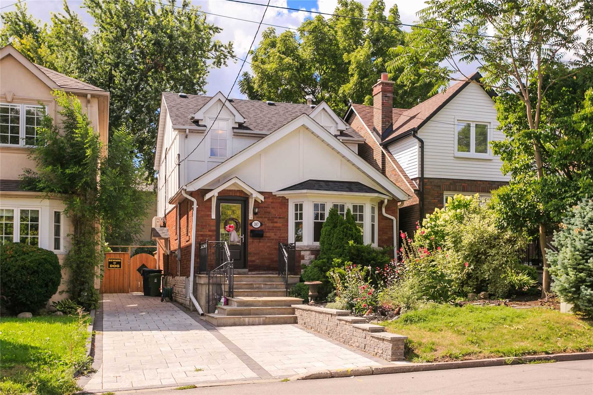 387 Old Orchard Grve, Toronto Ontario, Canada