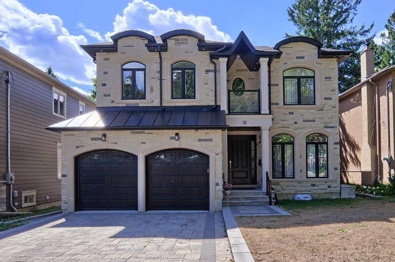 18 St Quentin Ave, Toronto Ontario, Canada