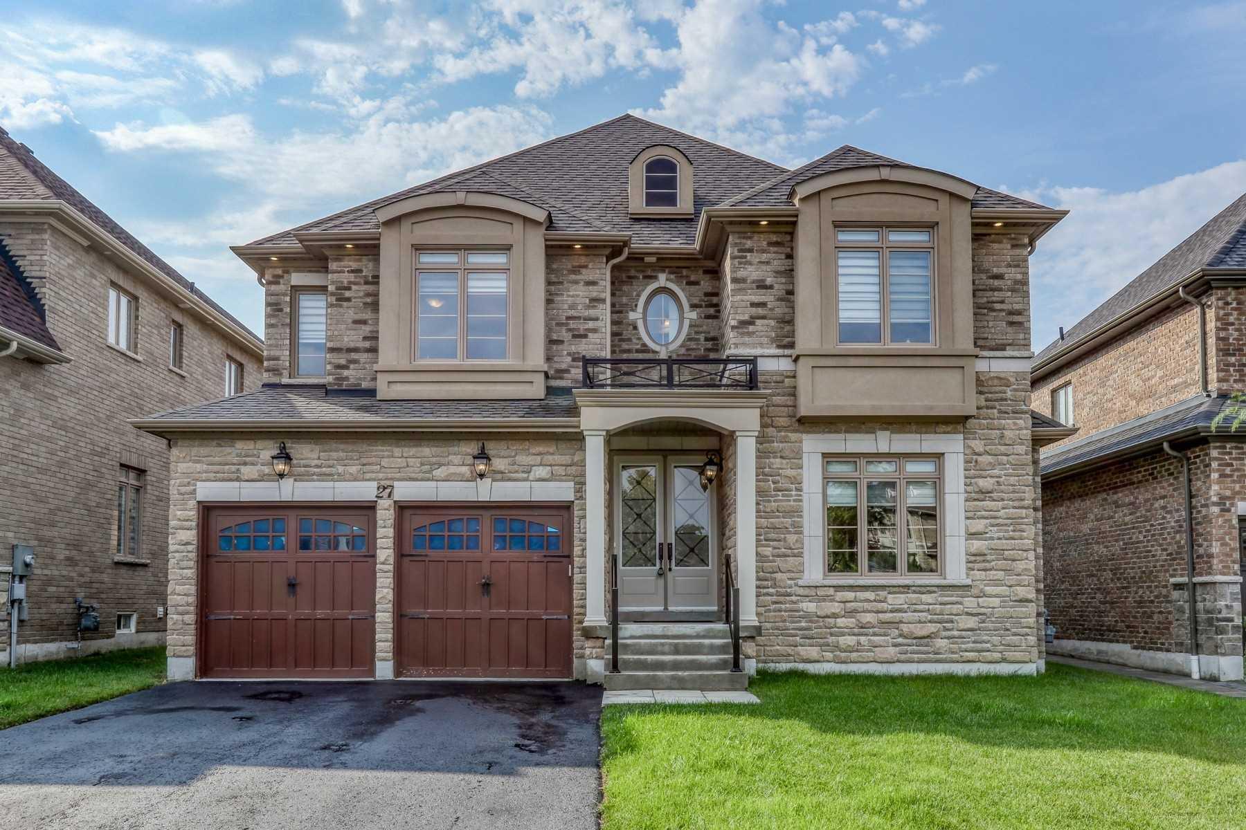 27 Glengowan St, Whitby Ontario, Canada