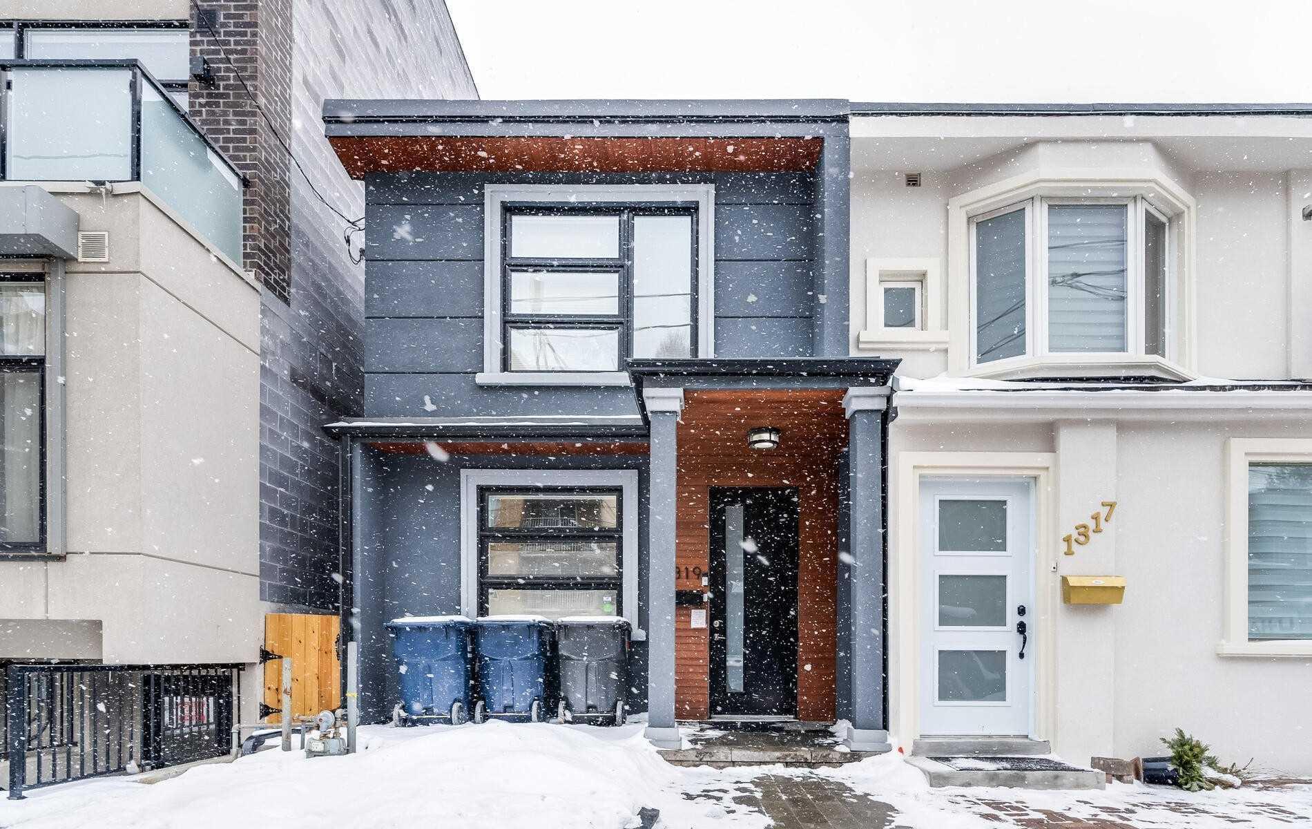 1319 Gerrard St E, Toronto Ontario, Canada