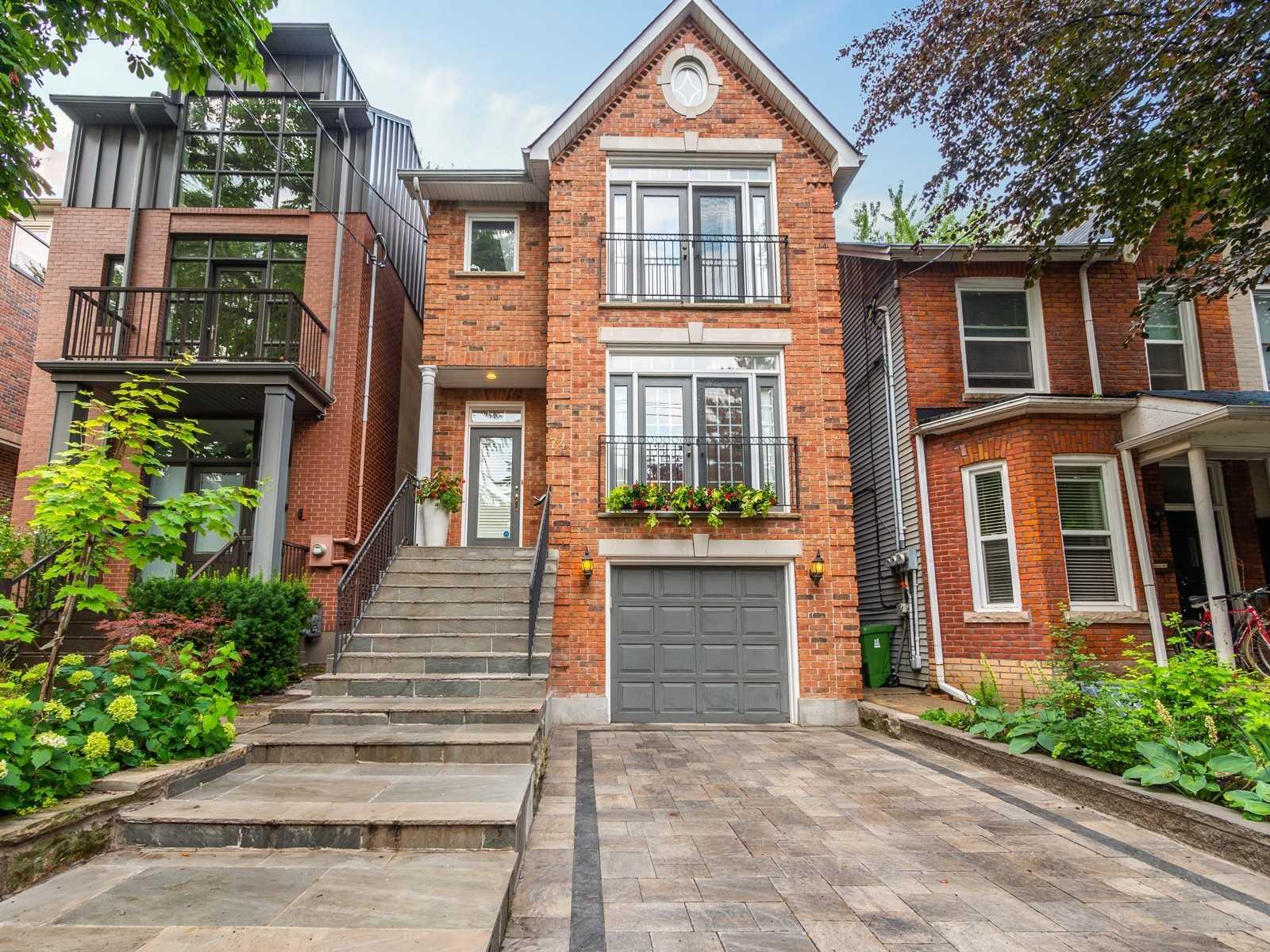 74 Macpherson Ave, Toronto Ontario, Canada