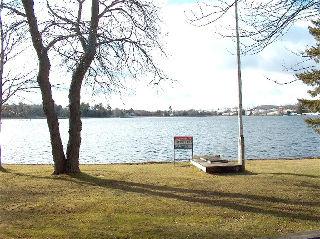 43 Lakeshore Blvd, Ennismore Ontario