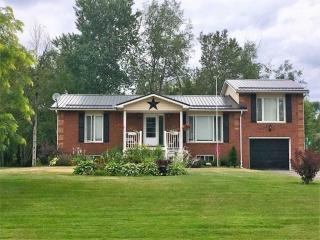 38 Greenwood Cres, Kawartha Lakes Ontario, Canada