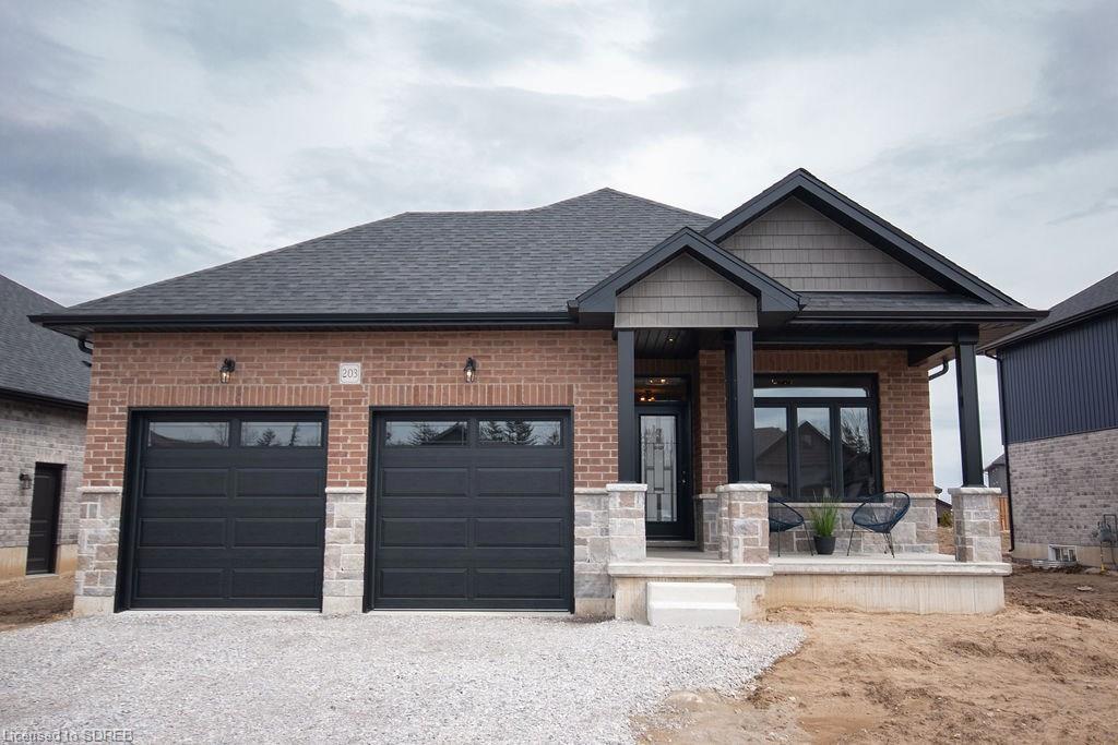 203 Oak Street, Simcoe Ontario, Canada