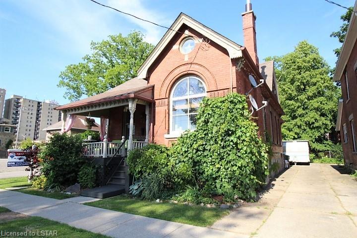 29 Metcalfe Street, St. Thomas Ontario, Canada