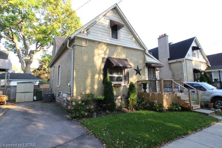 8 DEVONSHIRE Place, St. Thomas Ontario, Canada