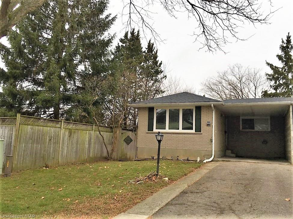 692 SEVILLA PARK Place, London, Ontario, Canada
