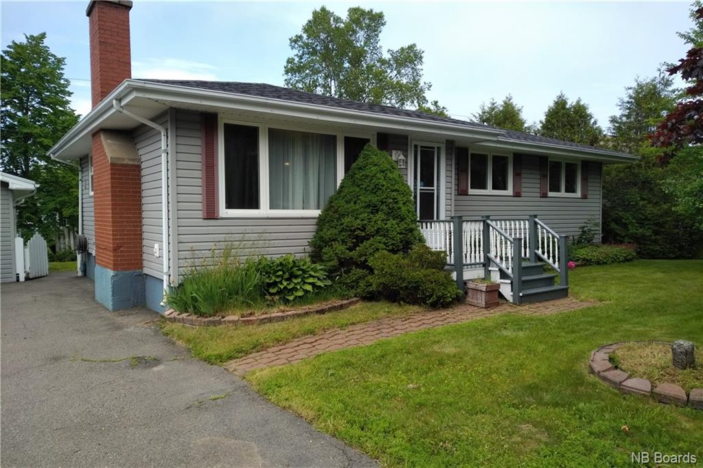 877 McCavour Drive, Saint John New Brunswick, Canada
