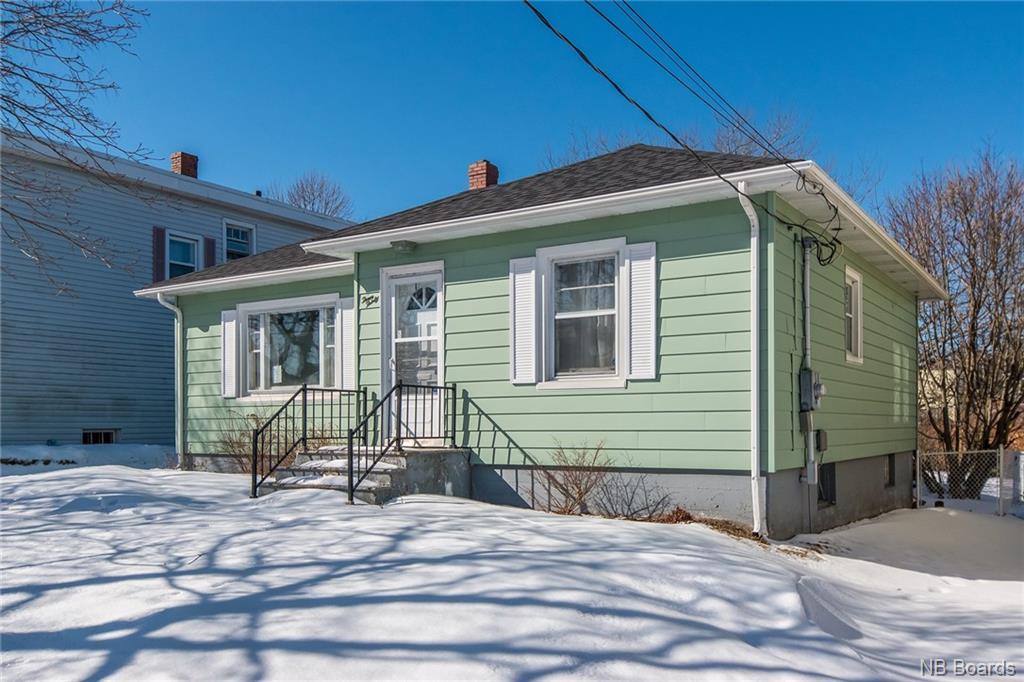 330 Woodville, Saint John New Brunswick, Canada