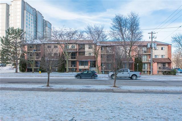 208 30 Hickory Street E, Waterloo, Ontario, Canada