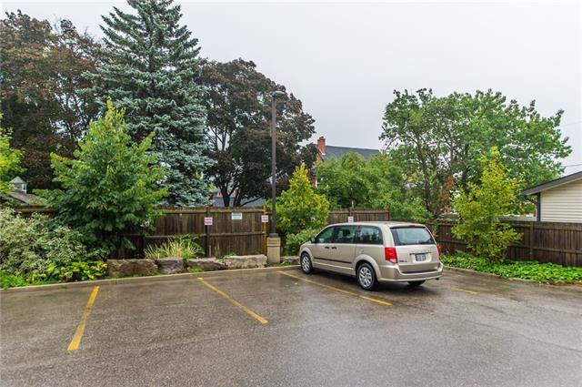 406 36 Regina Street N, Waterloo, Ontario, Canada