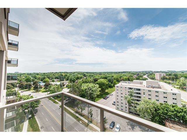 906 223 Erb Street W, Waterloo Ontario