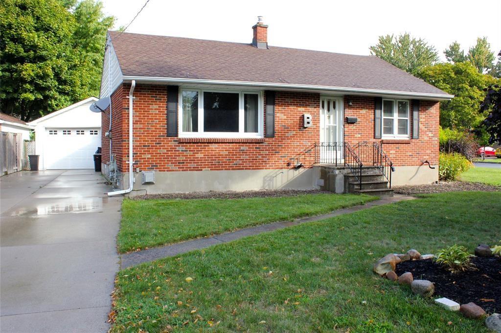 86 Tunis Avenue, Sarnia Ontario, Canada