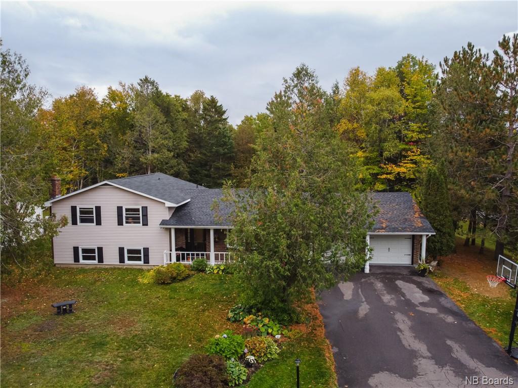 15 White Birch Lane, New Maryland New Brunswick, Canada