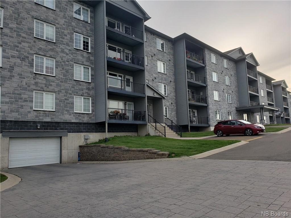 155 Lian Street Unit# 434, Fredericton New Brunswick, Canada