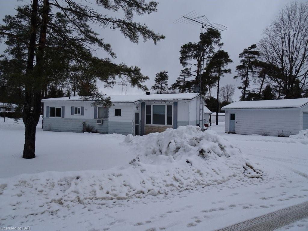 1037 Eighth Lane, Minden Ontario, Canada