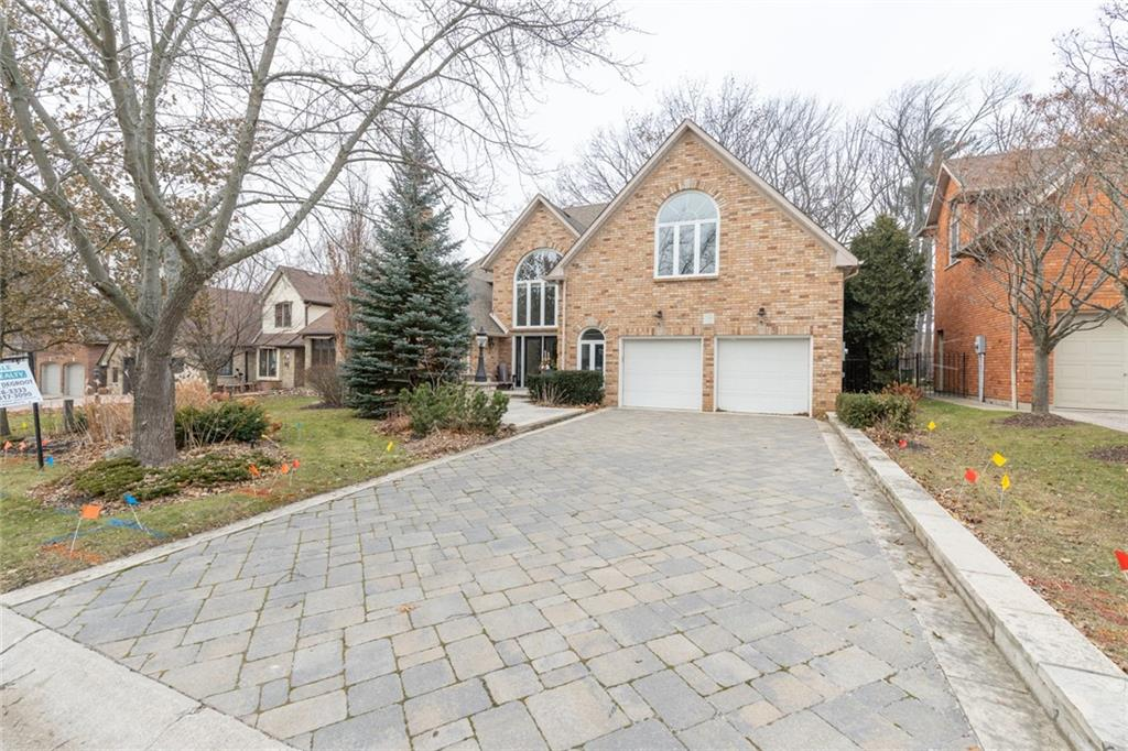 15 Oldoakes Place, Ancaster Ontario, Canada