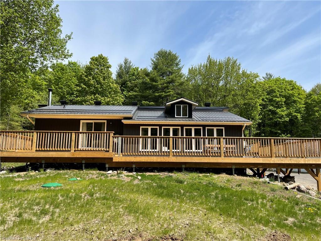1183 Echo Lake Road, Baysville Ontario, Canada