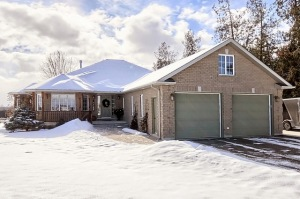 1885 13th line, Bradford West Gwillimbury Ontario, Canada