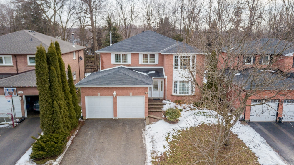 722 Leslie Valley Dr., Newmarket Ontario, Canada