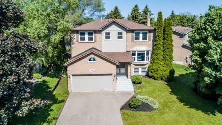 292 Burford St, Newmarket Ontario, Canada