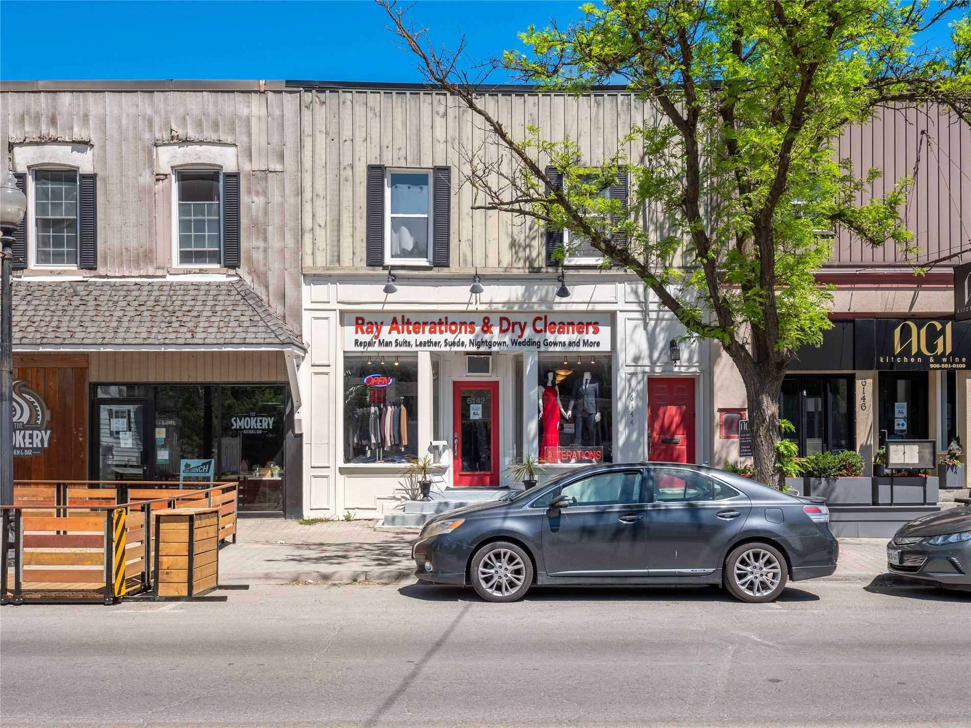 6142 Main St, Whitchurch-stouffville Ontario, Canada
