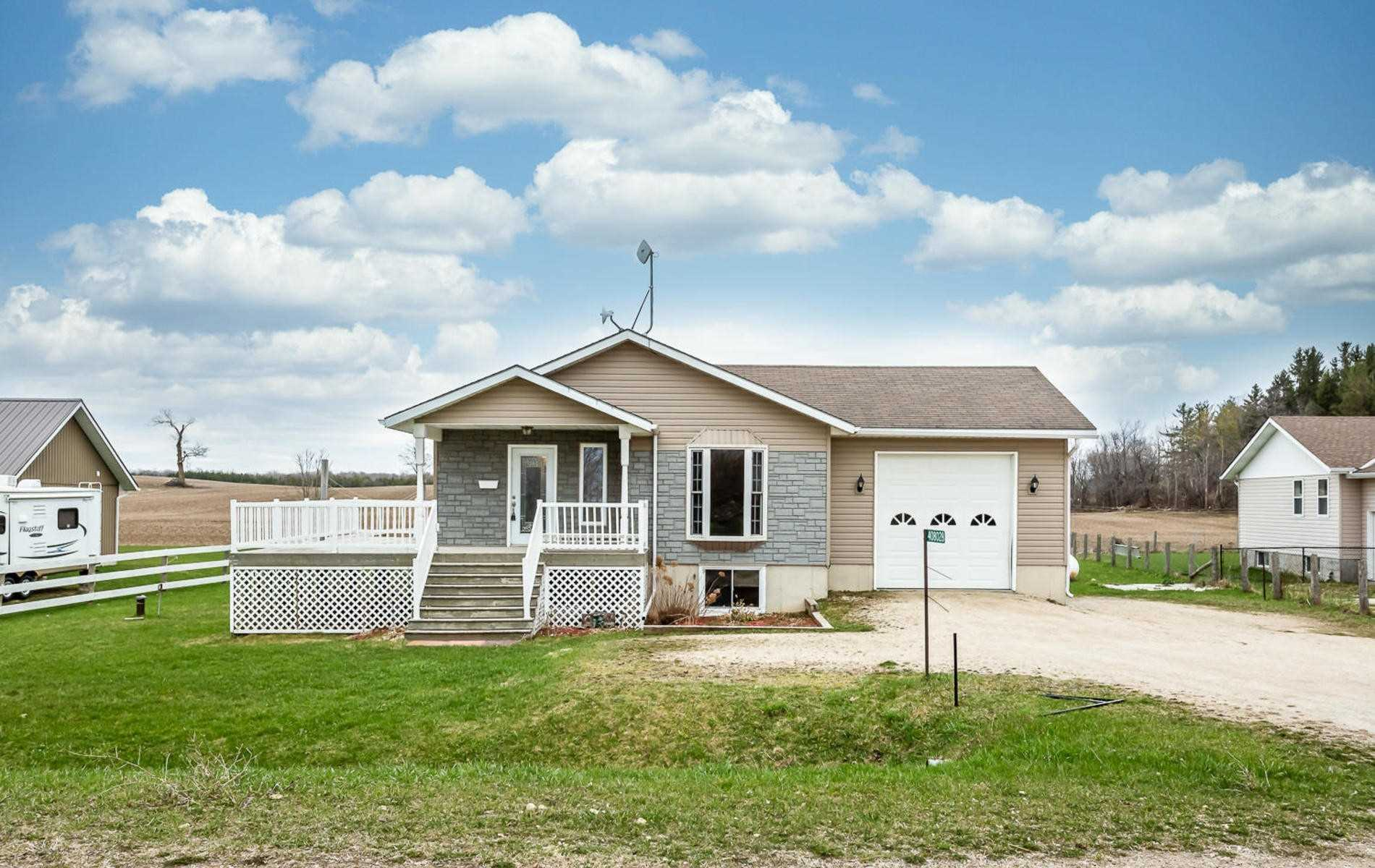 408028 Grey Rd 4 Rd S, Grey Highlands Ontario, Canada