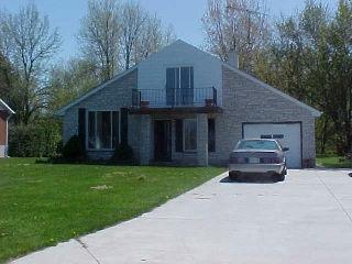 4187 Bluepoint Dr, Plympton-wyoming Ontario, Canada