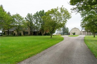 22556 VANNECK Road, Middlesex Centre Ontario, Canada