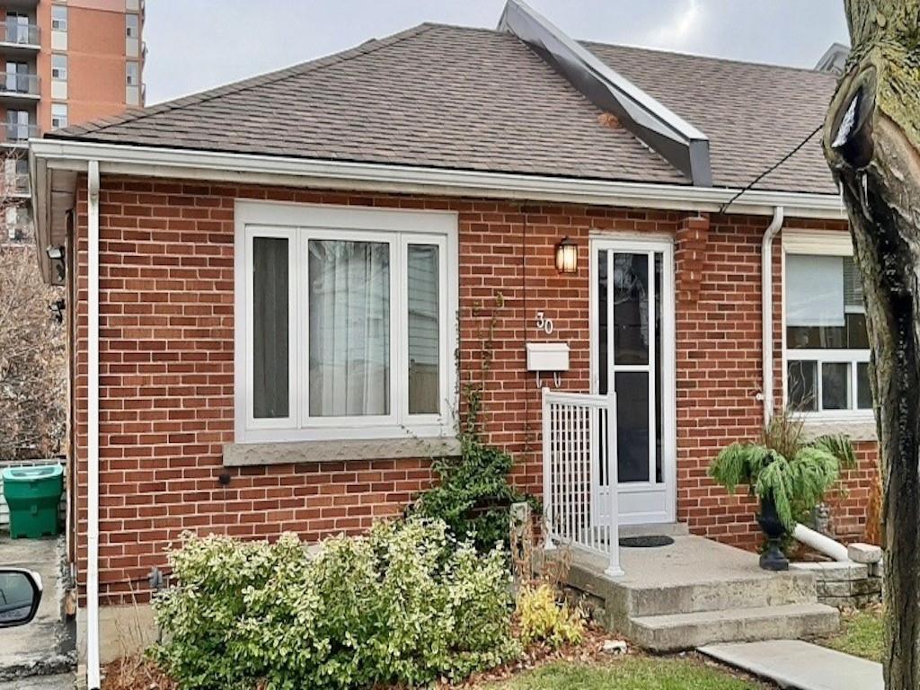 42 Macklin Street N, Hamilton Ontario, Canada