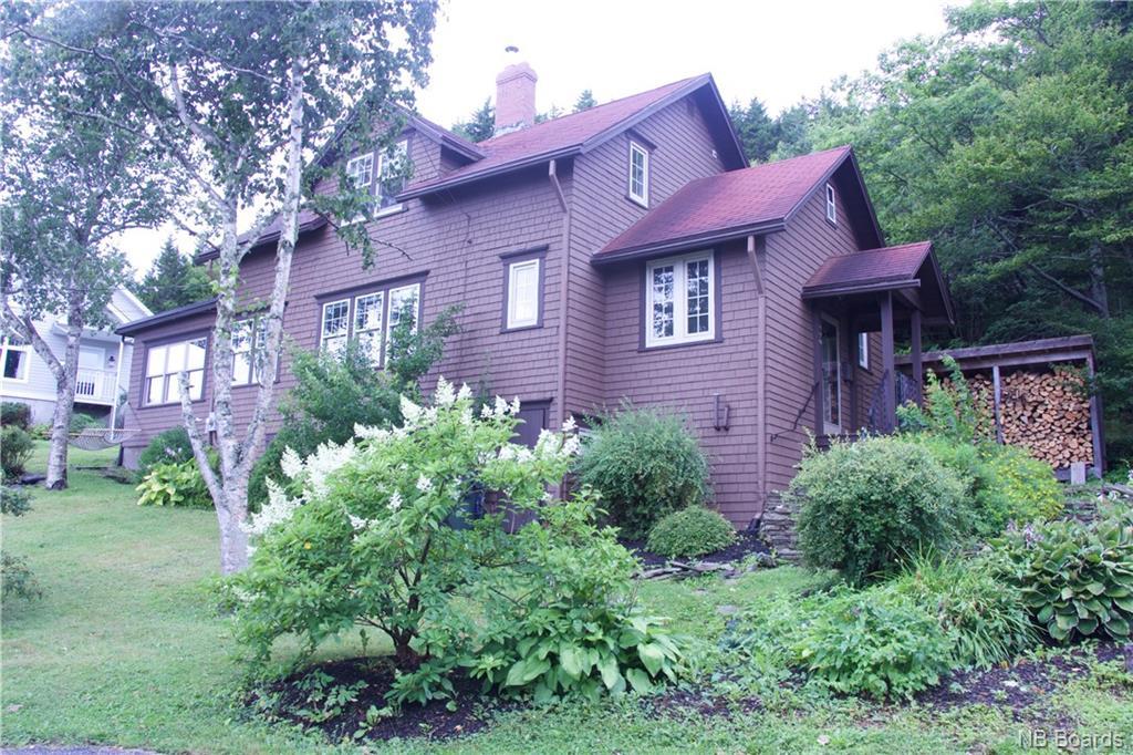 990 Seawood Lane, Saint John New Brunswick, Canada