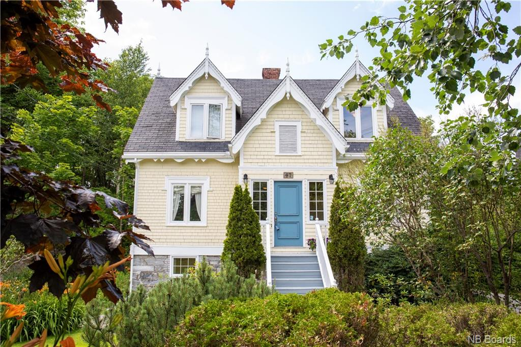47 Cedar Grove Crescent, Saint John New Brunswick, Canada
