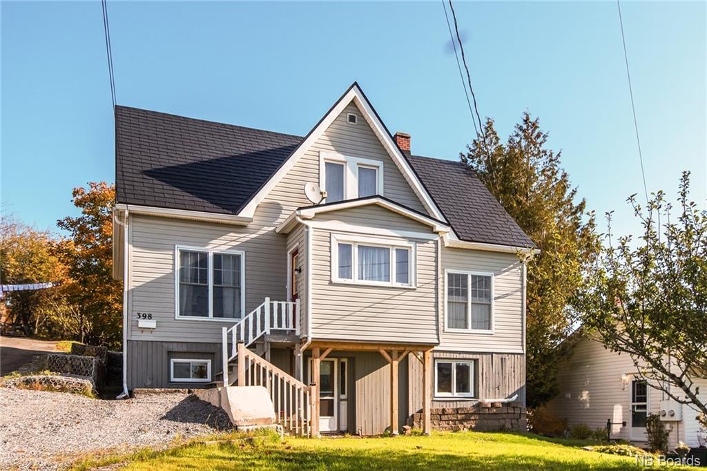398 St Clair Avenue, Saint John New Brunswick, Canada
