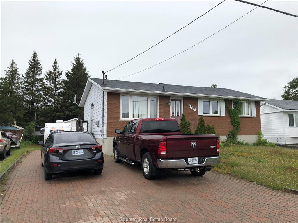 4283 Frost Avenue, Hanmer Ontario, Canada