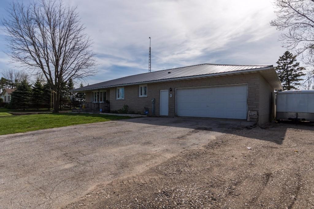 5577 Elgin Rd, Harrietsville Ontario, Canada
