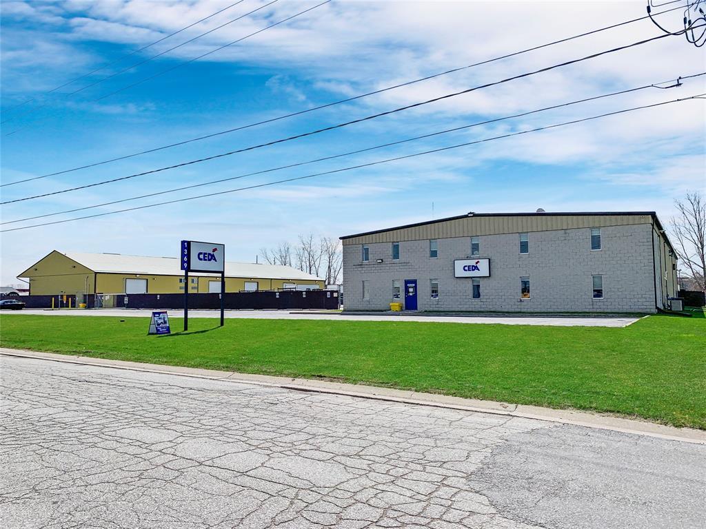1375 LOUGAR Avenue, Sarnia Ontario, Canada