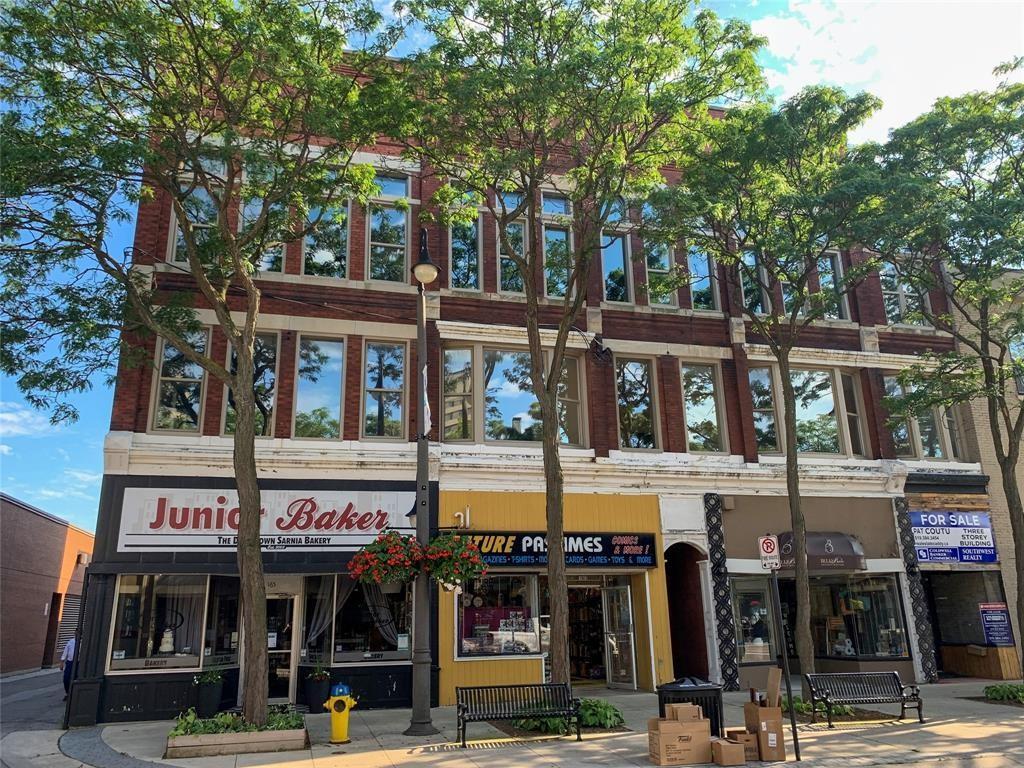 161-165 Lochiel Street, Sarnia Ontario, Canada