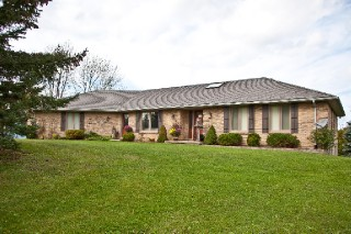 4386 Egremont Rd, Plympton-wyoming Ontario