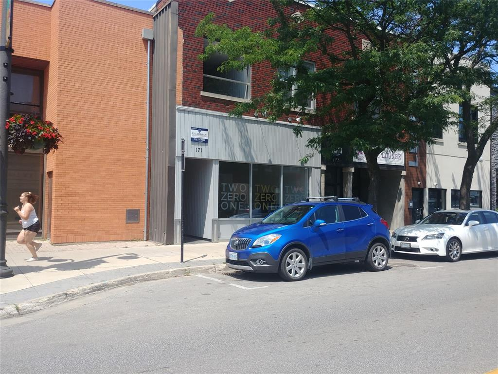 171 CHRISTINA Street North Unit# MN FLR, Sarnia Ontario, Canada