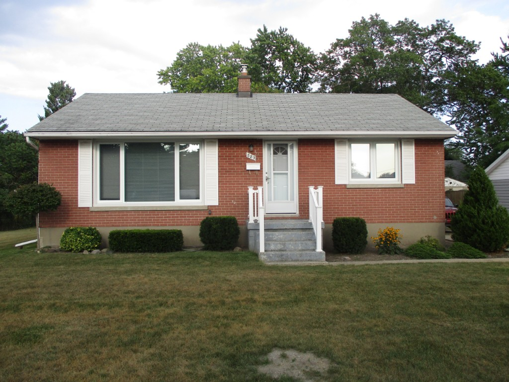 889 Denmark St, Sarnia Ontario, Canada