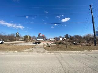 6704 CAMLACHIE Road, Plympton-Wyoming Ontario, Canada