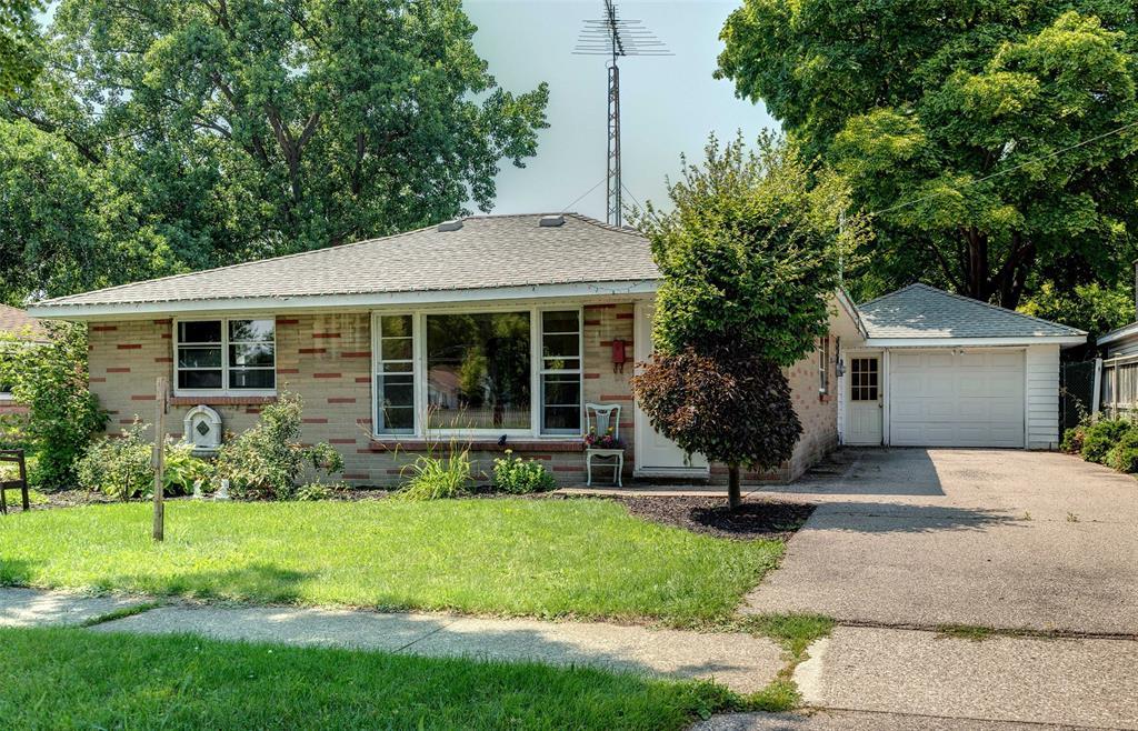 308 LOUISA Street, Point Edward, Ontario, Canada