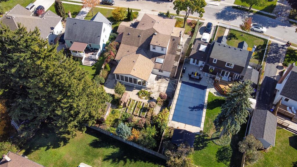 518 CHARLESWORTH Drive, Sarnia Ontario, Canada