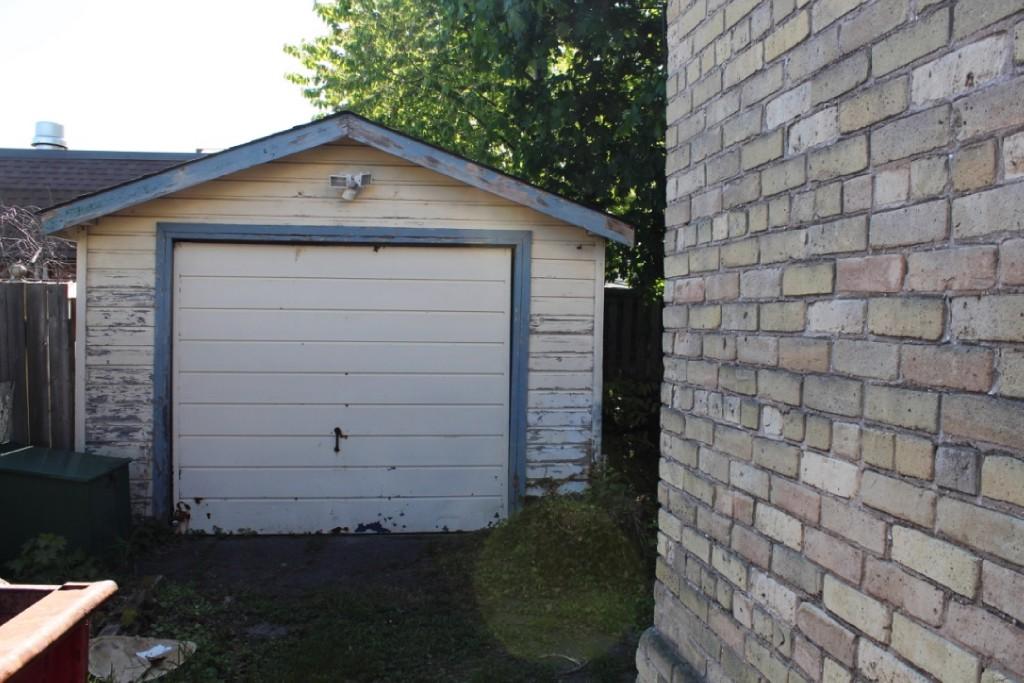 166 Brock St South, Sarnia Ontario