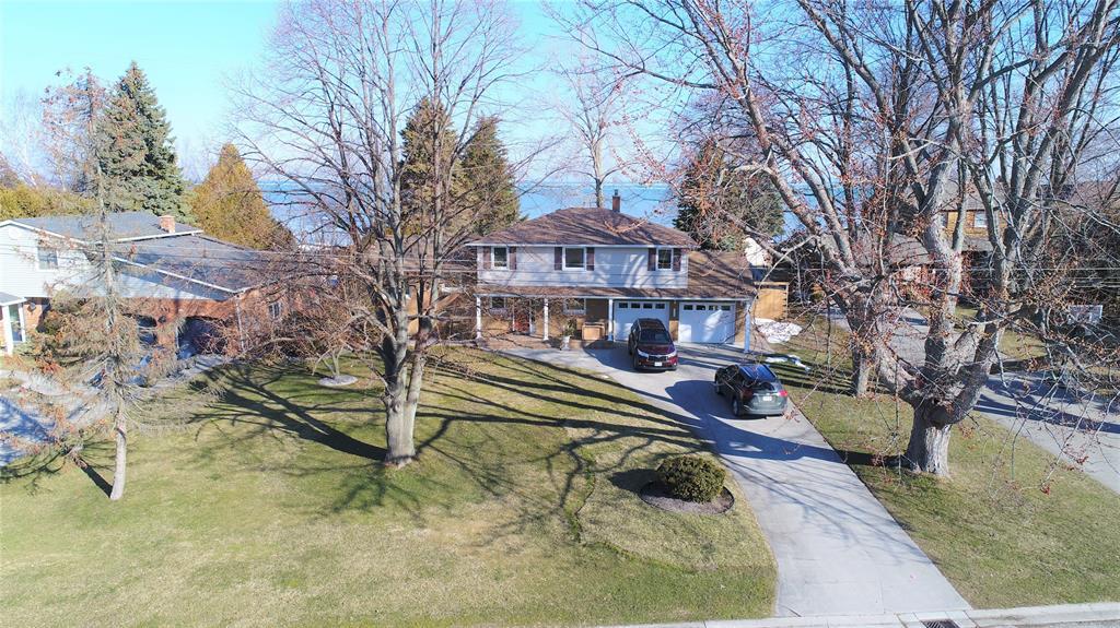 2335 Passingham Drive, Sarnia Ontario, Canada